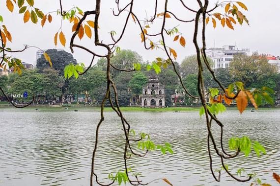 Hồ Gươm, một trong những địa điểm được du khách yêu thích khi đến Hà Nội