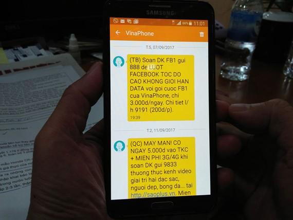 Tin nhắn từ nhà mạng 'dội bom' khách hàng