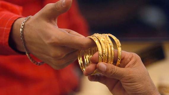 Nguyên nhân khiến nhu cầu vàng yếu đi chủ yếu là do sức mua của Ấn Độ giảm