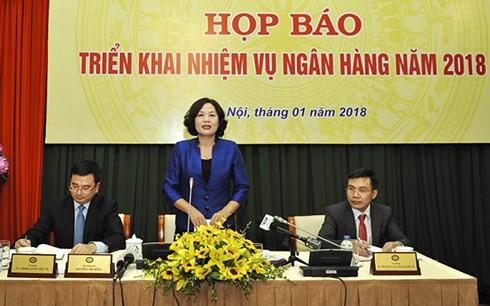 Phó Thống đốc Nguyễn Thị Hồng phát biểu tại Họp báo chiều 8/1/2018.