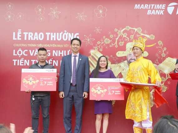 Maritime Bank trao giải khách hàng trúng 1 tỷ đồng