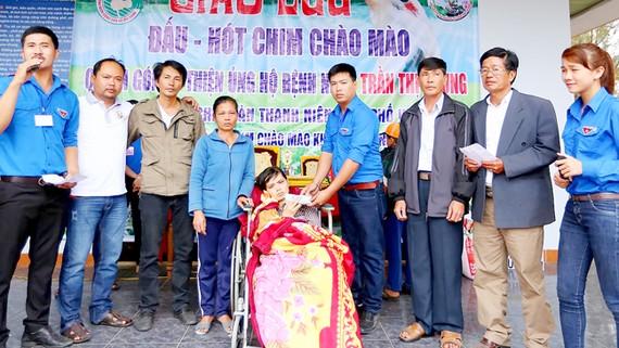 CLB Chim chào mào Điện Ngọc tổ chức cuộc thi gây quỹ 25 triệu đồng giúp đỡ chị Đặng Thị Nhung