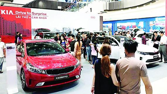 Kia tổ chức trưng bày và lái thử xe  tại Trung tâm thương mại Aeon Tân Phú