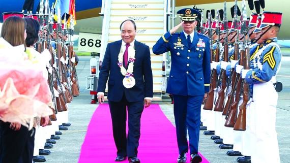 Lễ đón Thủ tướng Nguyễn Xuân Phúc tại sân bay Quốc tế Clark, Pampanga, Thủ đô Manila    Ảnh:  TTXVN