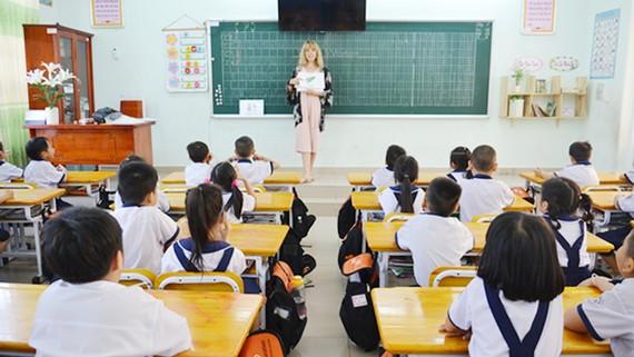 Thêm chuẩn đầu ra chương trình tiếng Anh tích hợp