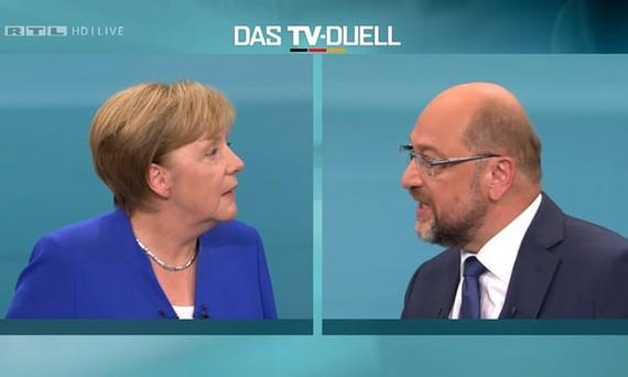 Ứng viên thủ tướng Đức tranh luận trên truyền hình. Ảnh REUTERS/SGGP