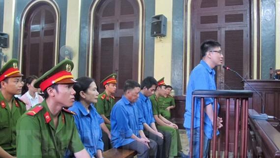 Các bị cáo tại phiên xử sơ thẩm vào tháng 3-2017