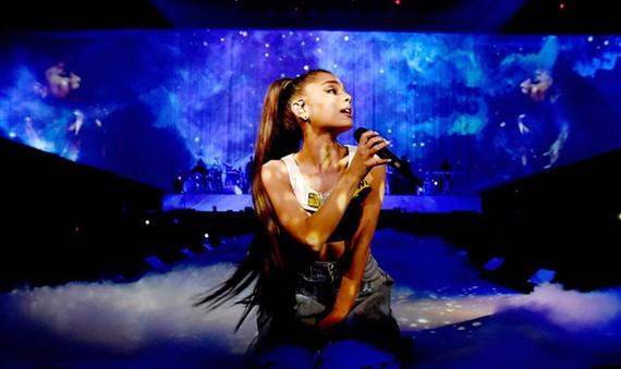 Nữ ca sĩ nổi tiếng nước Mỹ Ariana Grande sẽ đến TPHCM biểu diễn vào ngày 23-8