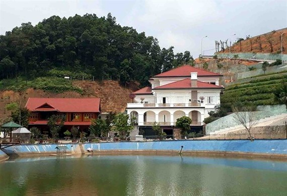 The mansion owned by Pham Sy Quy, the director of the Natural Resources and Environment Department in Yen Bai Province. (Photo: news.zing.vn)