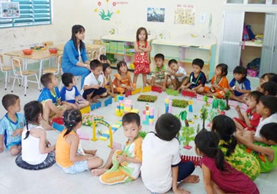 Giáo viên mầm non không chỉ là người giữ trẻ...