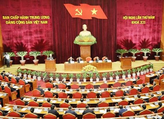 Toàn cảnh phiên khai mạc Hội nghị lần thứ 5 Ban Chấp hành Trung ương Đảng. Ảnh: TTXVN