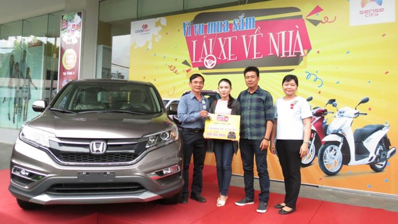 Tổng cộng có 3 xe Honda CVR đã được Co.opmart tặng khách hàng