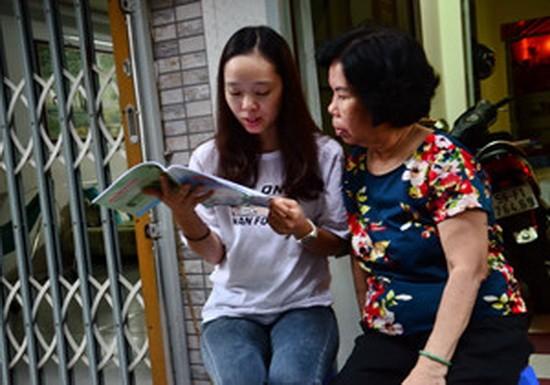 阮何英舒在第三郡讀書。