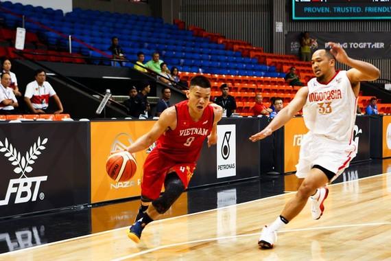 越南選手華人趙漢明在對印尼隊比賽一瞥。