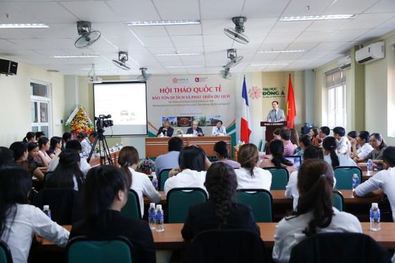 """Hội thảo quốc tế về """"Bảo tồn di tích và phát triển du lịch""""."""