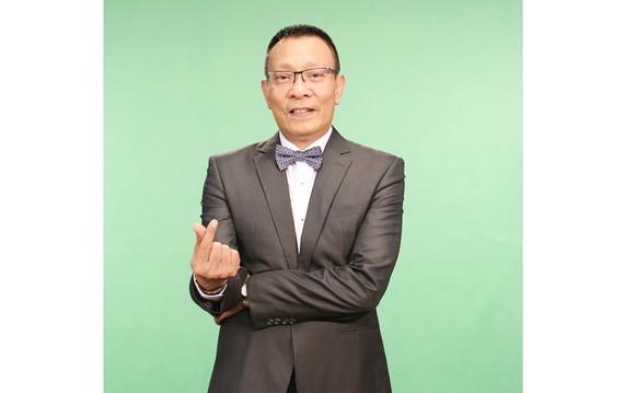 Lại Văn Sâm làm MC gameshow tương tác trực tiếp đầu tiên trên điện thoại