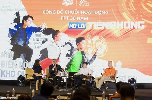 FPT trình diễn công nghệ 4.0 và tổ chức đại nhạc hội kỷ niệm 30 năm thành lập ảnh 2