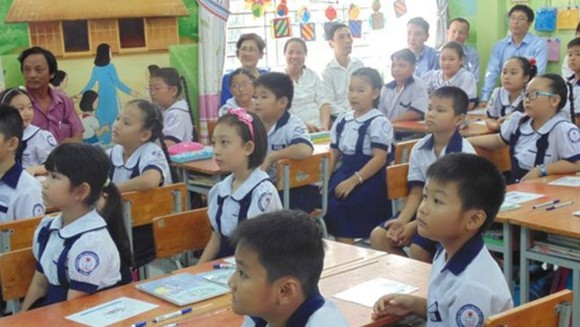HCMC education sector proposes tuition fee for new school year