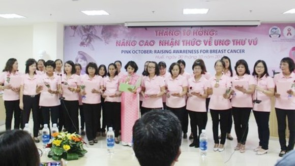 Healed former cancer patients give advise to fresh patients