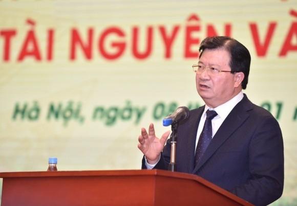 Deputy Prime Minister Trinh Dinh Dung (Photo VGP)