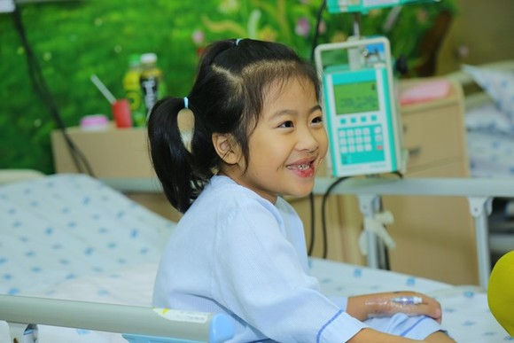 The heart surgery program has benefited 6,000 disadvantaged children over the past 11 years (Photo: VNA)
