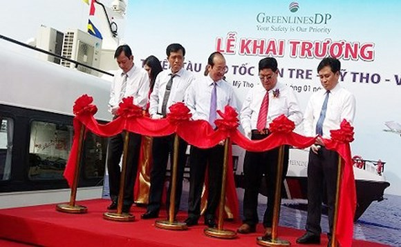 High-speed ship connecting Mekong delta provinces with Vung Tau launched