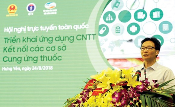 Deputy Prime Minister Vu Duc Dam delivered his speech at the conference