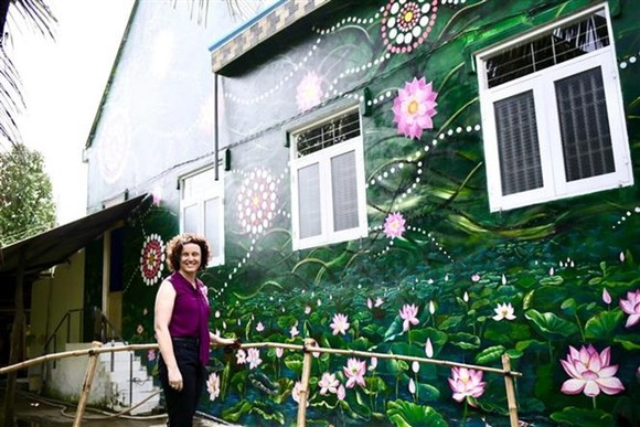 The Vietnam-Australia Mural Village was launched in Tan Tich ward, Cao Lanh city, Dong Thap province, on January 26 (Photo: VNA)