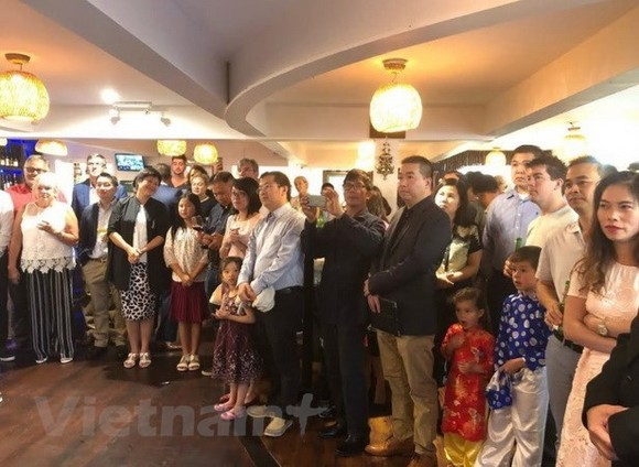 A Tet gathering was recently held in Auckland by the Embassy of Vietnam for Vietnamese students and expats and foreign friends living in New Zealand. (Photo: VNA)