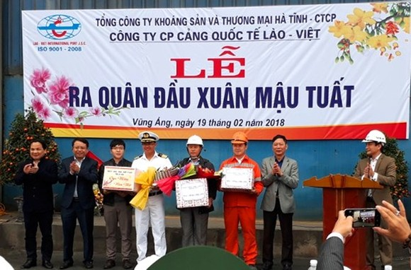 The Lao – Viet International Port Joint Stock Company hold its opening ceremony at the Vung Ang port wharf after Tet holiday.