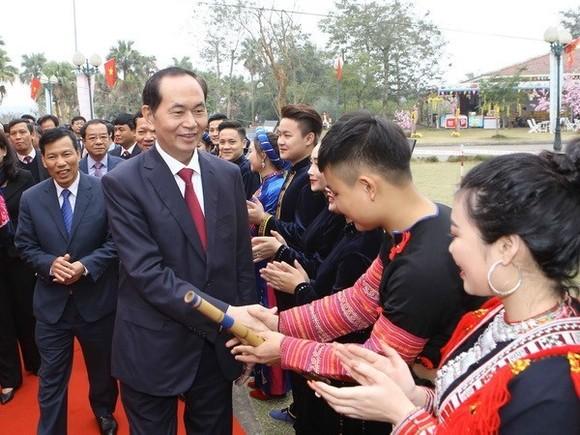 President Tran Dai Quang in the village (Source: VNA)