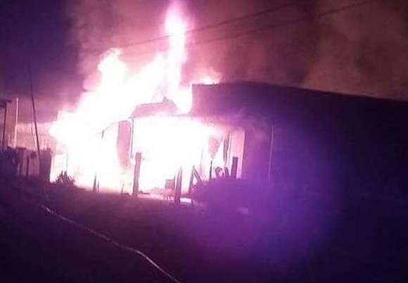 Fire destroys wood factory in Lam Dong