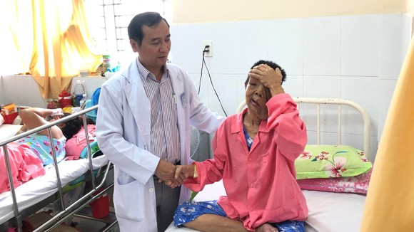 Hiện tại sức khỏe bệnh nhân đã ổn định và chuẩn bị chờ ra viện.