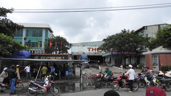 Đà Nẵng: Dân lại vây nhà máy thép Dana Ý  ảnh 2
