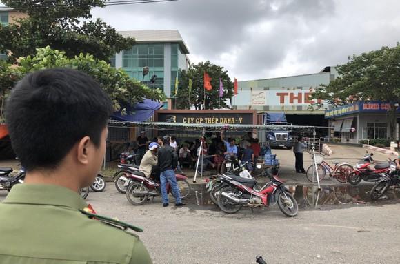Đà Nẵng: Dân lại vây nhà máy thép Dana Ý  ảnh 3