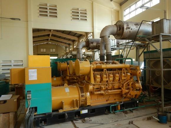 Khám phá cỗ máy cấp điện cho hàng vạn dân trên đảo Phú Quý ảnh 2