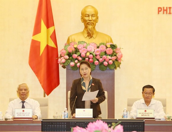 National Assembly Chairwoman Nguyen Thi Kim Ngan presided over the last meeting of the NA Standing Committee 14th session held yesterday in Hanoi (Photo: VNA/VNS)
