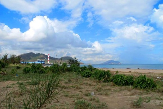 The area where Phoenix wharfs, Vung Ang seaport will be built (Photo: SGGP)