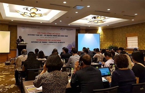 In Vietnam, as in other parts of the world, the private sector has been more receptive to the much-buzzed-about rise of the Internet of Things (IoT), while the public sector and the government have been slow to adopt these technologies. (Photo: qdnd.vn)