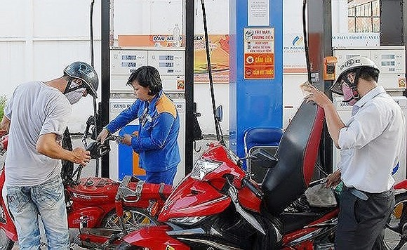 Petrol prices strongly reduce