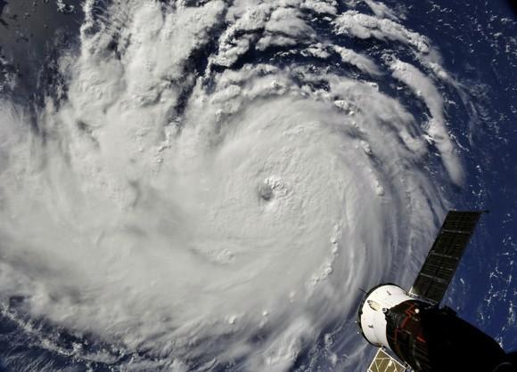 Bão Florence nhìn từ Trạm Không gian Quốc tế (ISS) ngày 10-9-2018. Ảnh: NASA
