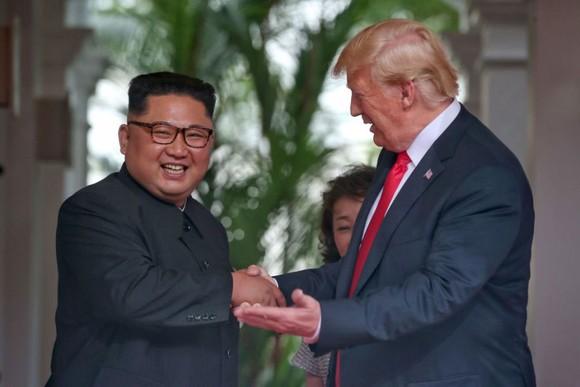 Hội nghị thượng đỉnh Mỹ - Triều Tiên: Lãnh đạo hai nước bắt đầu gặp nhau ảnh 6