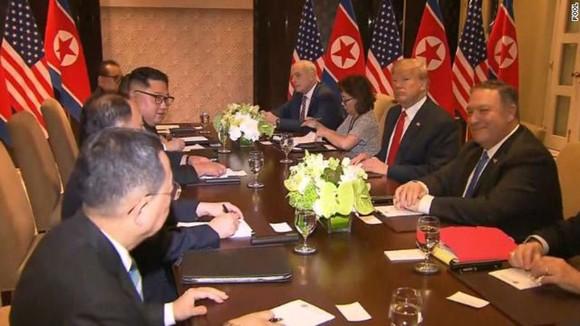 Hội nghị thượng đỉnh Mỹ - Triều Tiên: Lãnh đạo hai nước bắt đầu gặp nhau ảnh 9