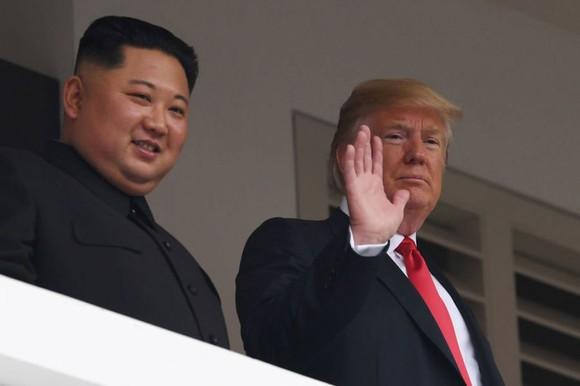 Hội nghị thượng đỉnh Mỹ - Triều Tiên: Lãnh đạo hai nước bắt đầu gặp nhau ảnh 5