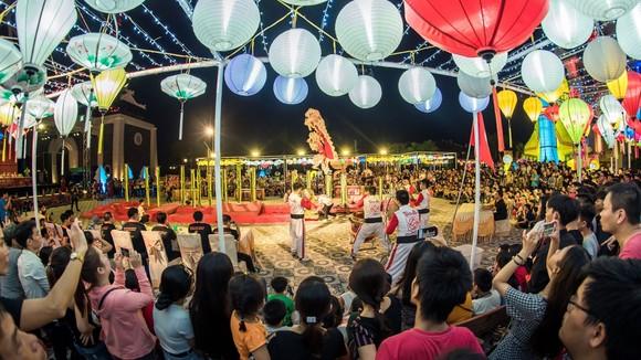 Mãn nhãn những màn trình diễn lân sư rồng tại Sun World Danang Wonders ảnh 4