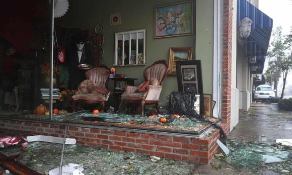 Florida tan hoang sau siêu bão Michael mạnh nhất kể từ năm 1992 ảnh 10