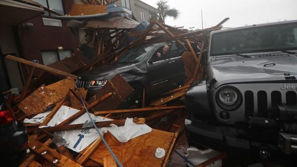 Florida tan hoang sau siêu bão Michael mạnh nhất kể từ năm 1992 ảnh 29