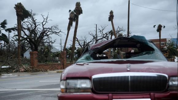 Florida tan hoang sau siêu bão Michael mạnh nhất kể từ năm 1992 ảnh 37
