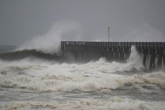 Florida tan hoang sau siêu bão Michael mạnh nhất kể từ năm 1992 ảnh 3