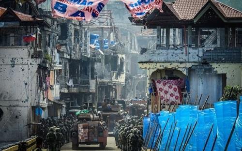 Thành phố Marawi bị thiệt hại nặng nề sau nhiều tháng bị phiến quân Maute chiếm đóng.
